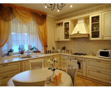 Кухня из массива классика модель 013