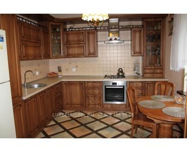 Кухня из массива классика модель 018