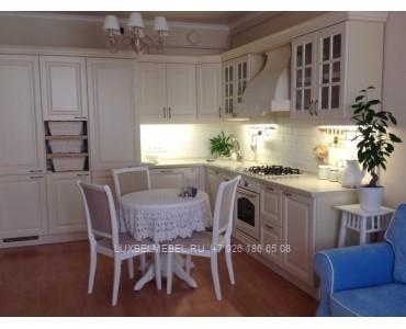 Кухня из массива классика модель 017