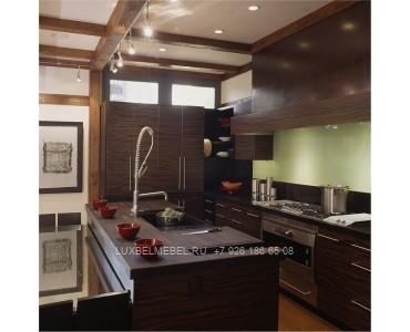 Кухня с фасадами из пластика модель 030