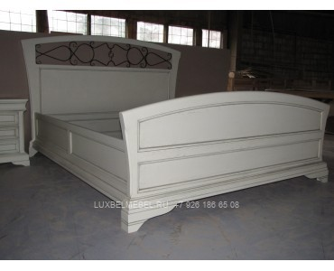 Кровать из массива 1373