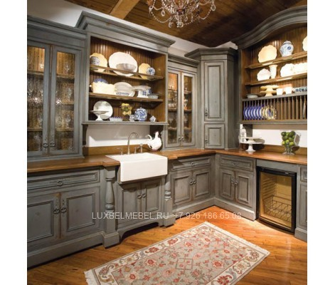 Угловая кухня из массива в стиле кантри модель 021 заказать в Москве